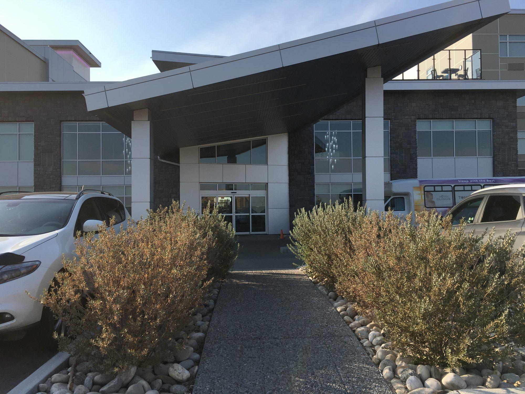 Clique Hotel Calgary