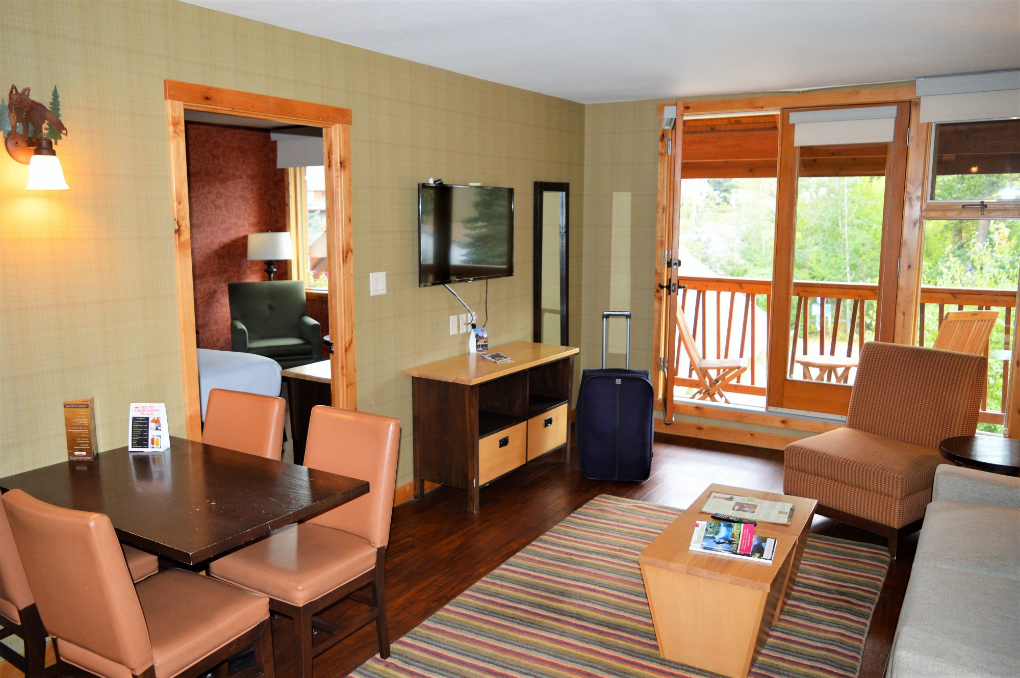 The Fox Hotel Suite Banff