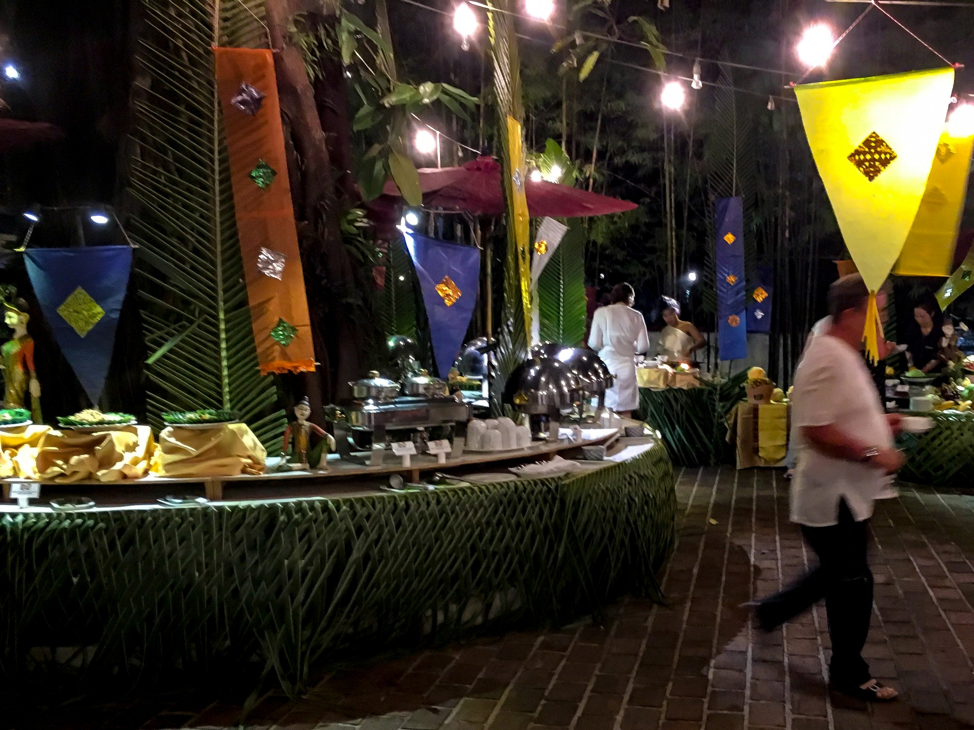 Bhandari Resort & Spa Thai Buffet, Khao Lak