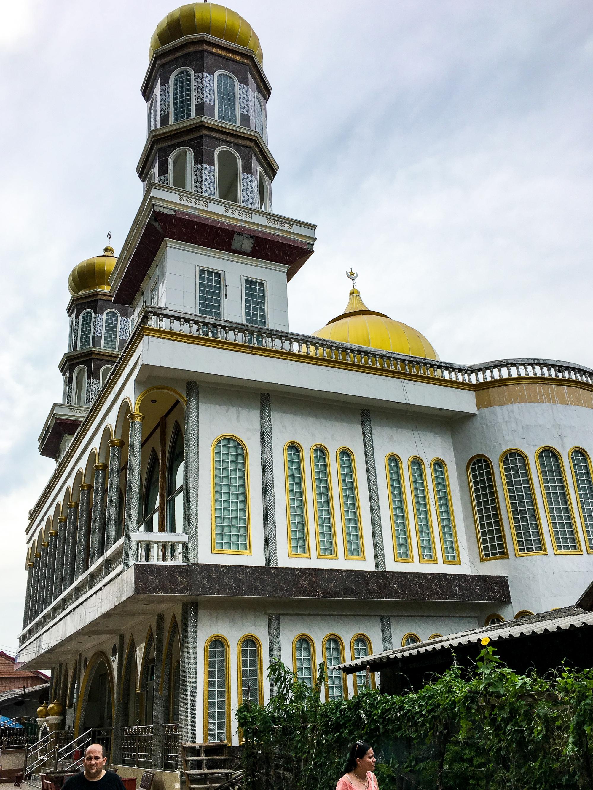 Panyee Mosque, Panyee Island